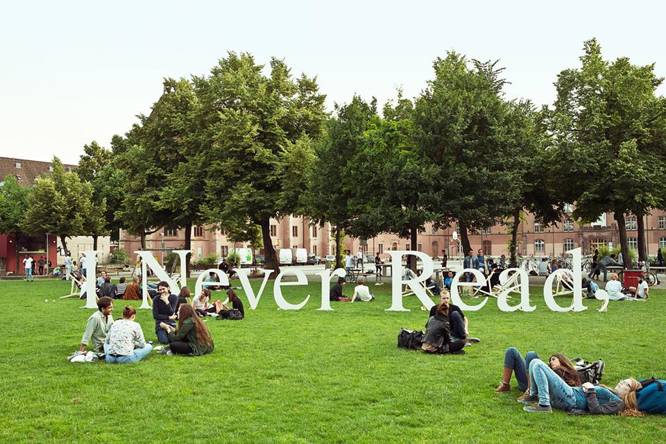 2016-06-14-i-never-read-art-book-fair-basel
